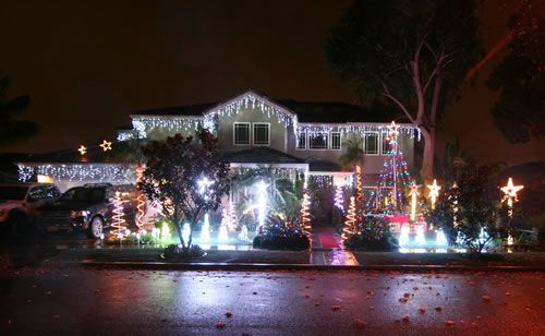 2015 Rossmoor Christmas Lights Celebration - Sound and Sights - 2892 Aceca Drive Rossmoor