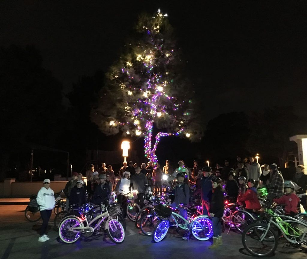 Rossmoor Christmas Lights Bike Tour 2017 - Santa Clause Rides!