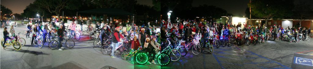 Christmas Lights Bicycle Tour 2018 - with more than 250 riders and a whole lot of fun
