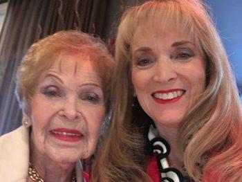 Holocaust survivor Piri Katz and her daughter, Cherol.