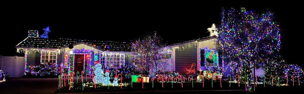 2020 Merry & Bright Award - Graham Family - 3341 Kenilworth Drive